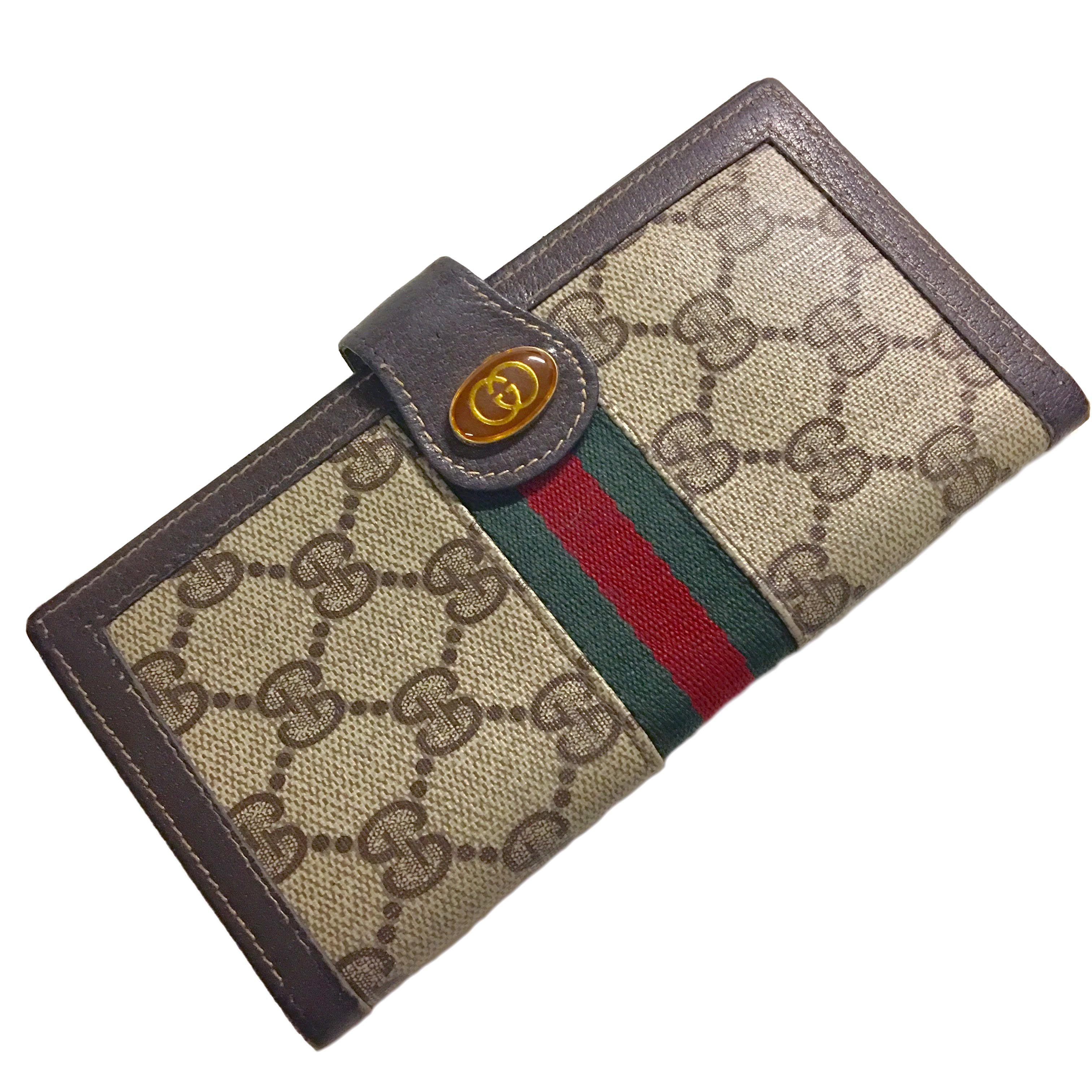 12c976e937d9 GUCCI 1970s Accessory Collection Vintage Checkbook Cover Wallet ...