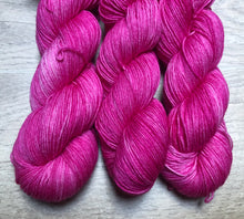 Load image into Gallery viewer, Magenta Sock Weight Yarn Orli