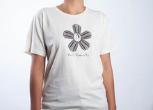 T-Shirt - Flower Design