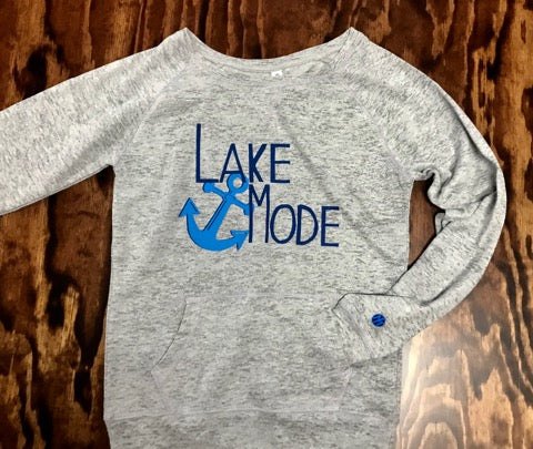 Cozy Lounge Fleece Sweatshirt- Lake Mode