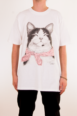 Vintage t-shirt with cat wearing a pink bandana
