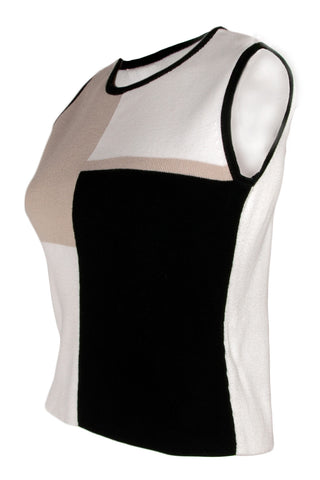 color black tanktop in black camel and white