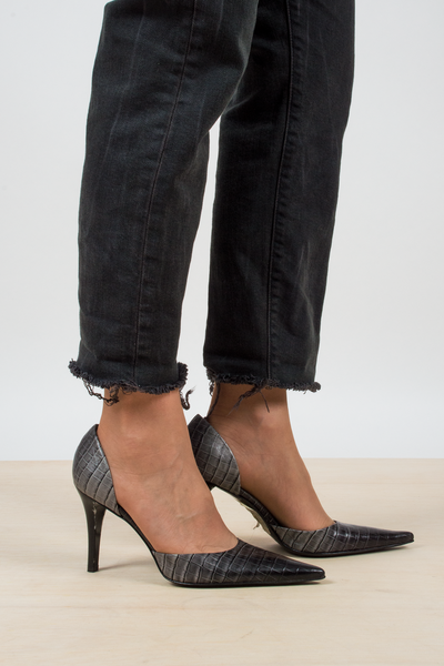 Kenneth Cole leather embossed heels in animal print