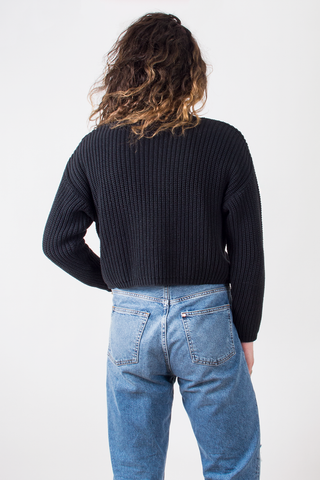 vintage black knit cropped sweater