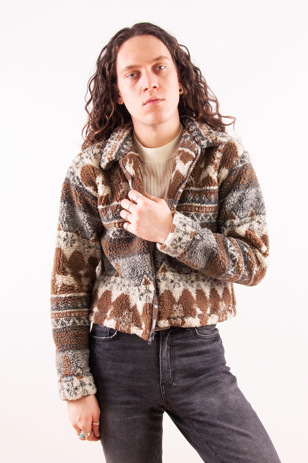 vintage fuzzy fleece jacket in brown