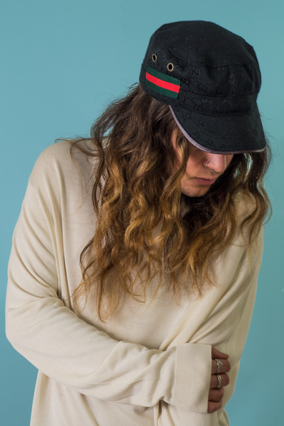 vintage Gucci hat in black