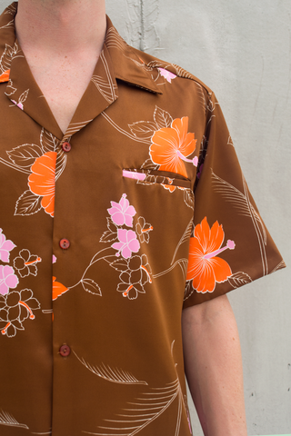 vintage Hawaiian shirt in brown with orange and pink flowers