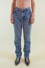 vintage Tommy Hilfiger jeans in light stonewashed blue
