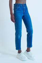 vintage cropped Levi's jean in blue