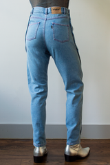 neith nyer boyfriend blue jeans with buttons up leg