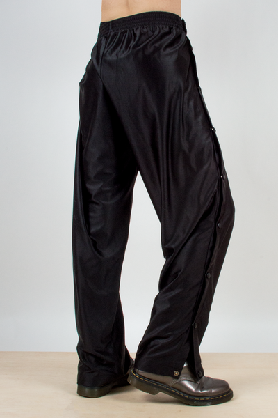 vintage nike side-snap tearaway pants in black