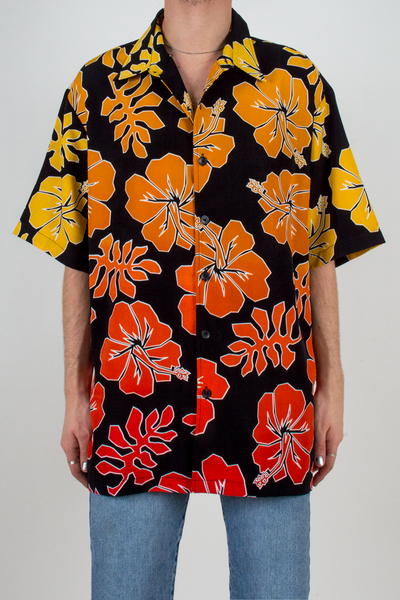 vintage Hawaiian shirt in gradient yellow, orange and red
