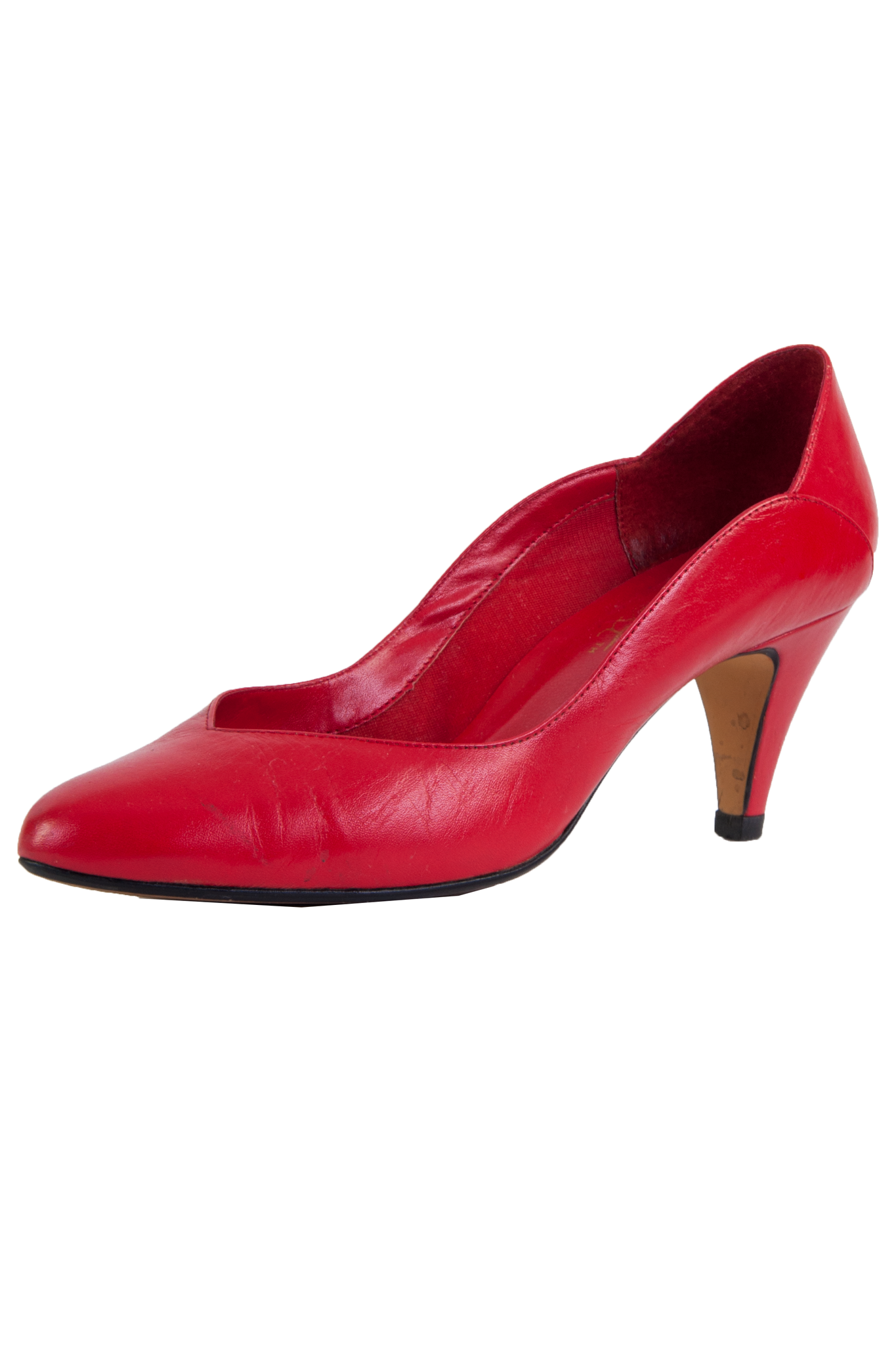 red leather kitten heels with pointed toe and scalloped edge