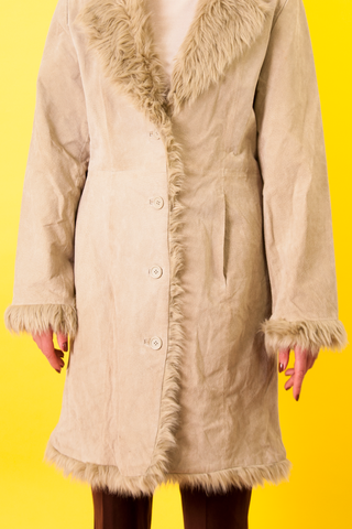 vintage beige suede coat with faux fur trim