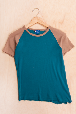 vintage asymmetrical hem t-shirt in blue and tan
