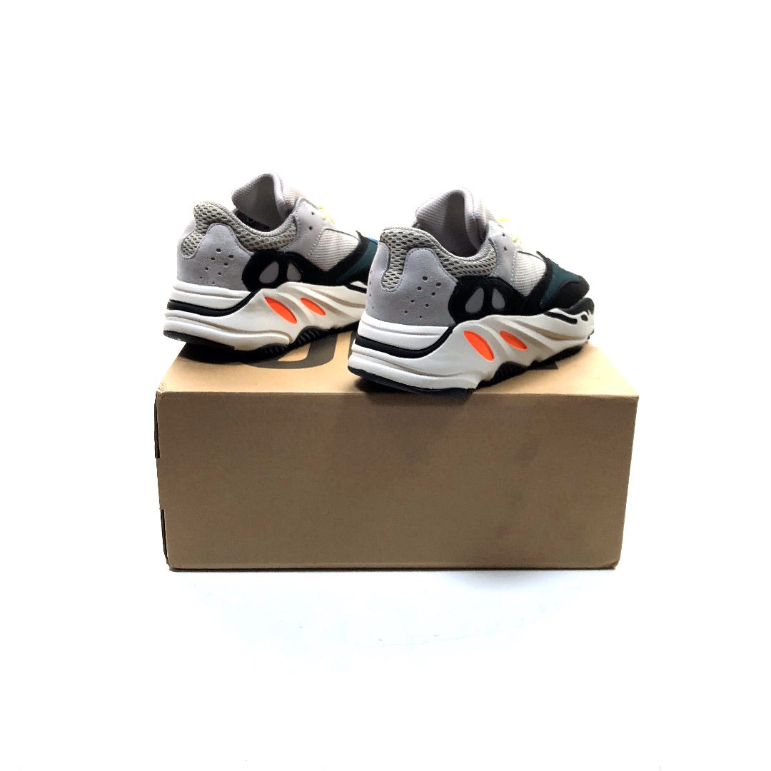 purchase cheap 9ea11 c1f62 Adidas Yeezy Boost 700 Wave Runner mens size US 8 Kanye West shoes
