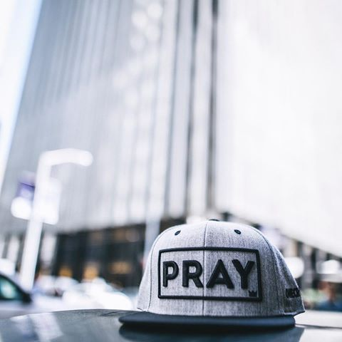 Wool PRAY Snapback | Grey.Black