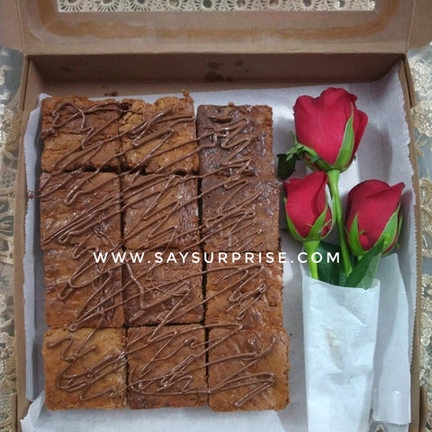 Treat Box - Brownies & Roses