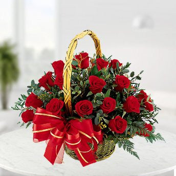 Basket of 30 roses - saysurprise