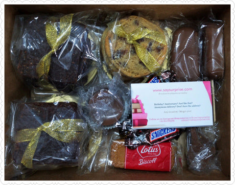 Brownies Cookies & Chocolates Hamper