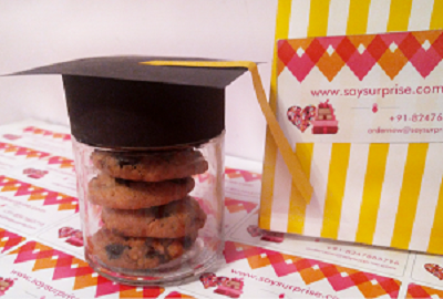Graduation chocolate chip cookie jar - saysurprise