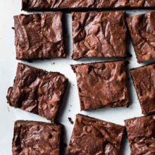 Crackled fudge brownies - saysurprise