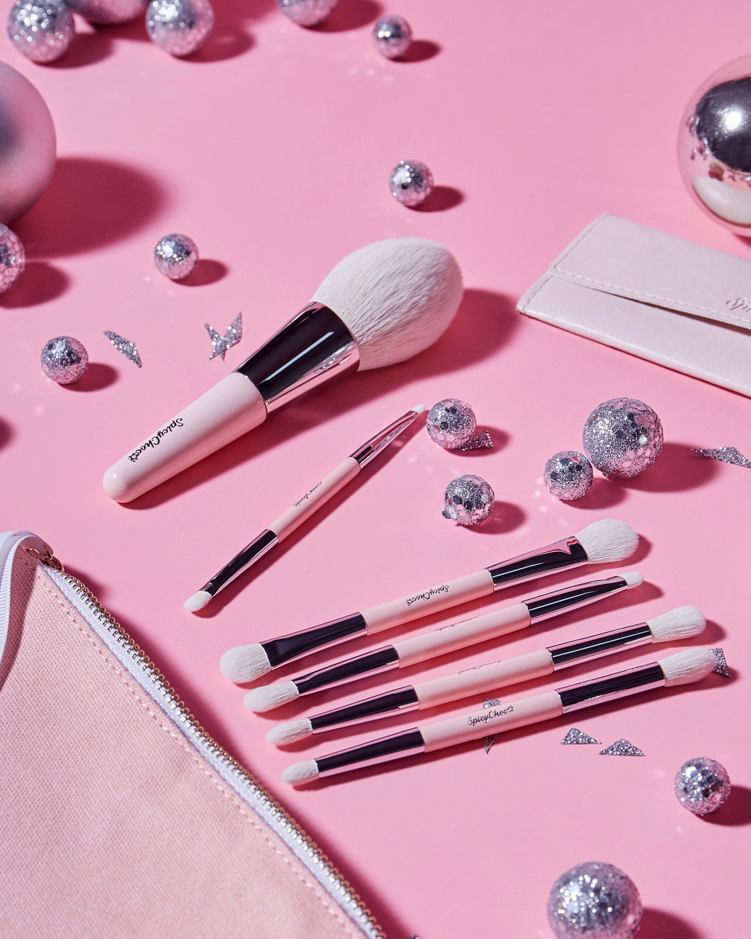 Instant Holiday Double-ended brush set