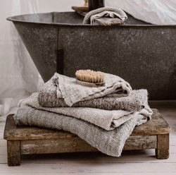 Bessie Pure Linen Bath Towel Natural & White