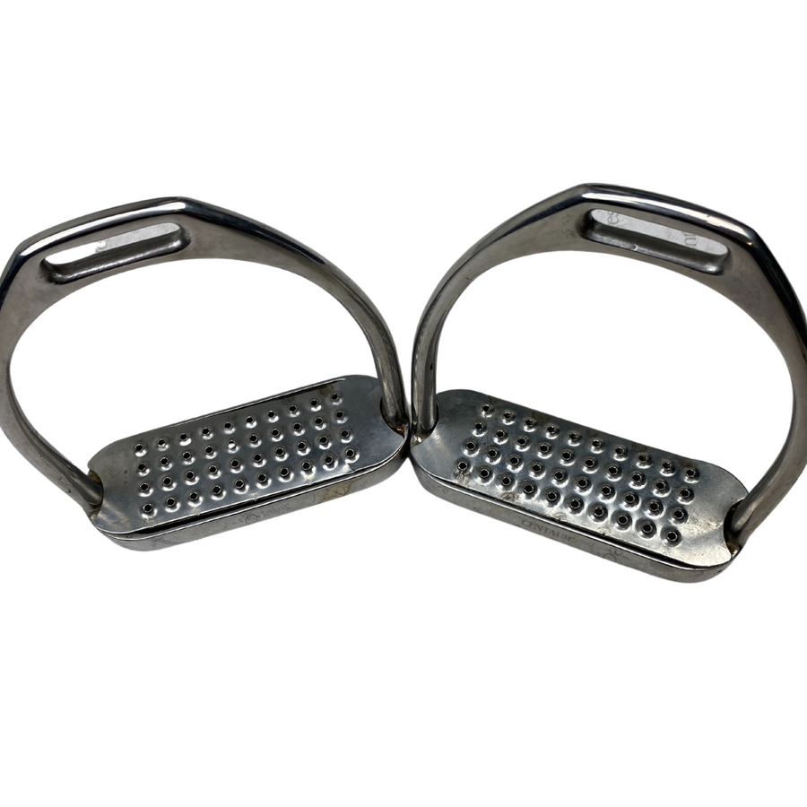 Pads of Centaur Fillis Stirrup Irons in Stainless Steel