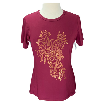 Street & Saddle Horse Print T-Shirt in Burgundy