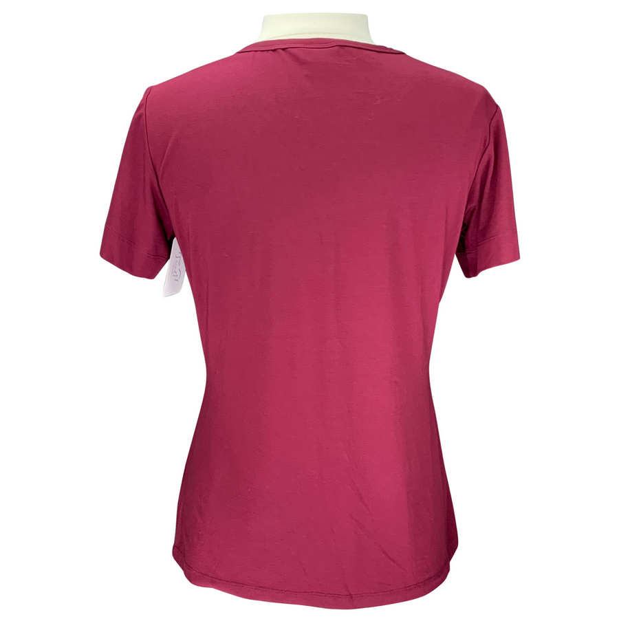 Back of Street & Saddle Horse Print T-Shirt in Burgundy