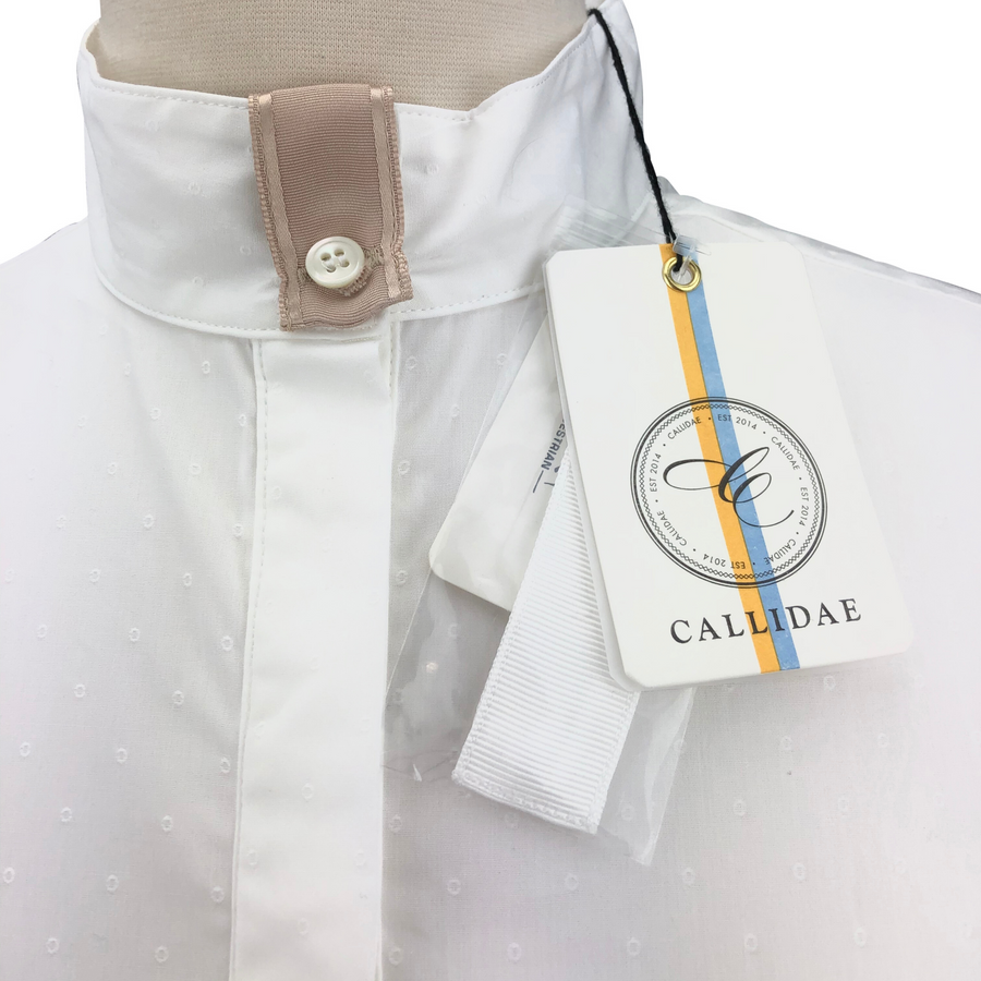 CALLIDAE The Show Shirt in White - Women's Large