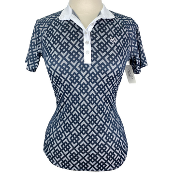 Ariat Show Stopper Short Sleeve Shirt in Navy Geo - Women's Small