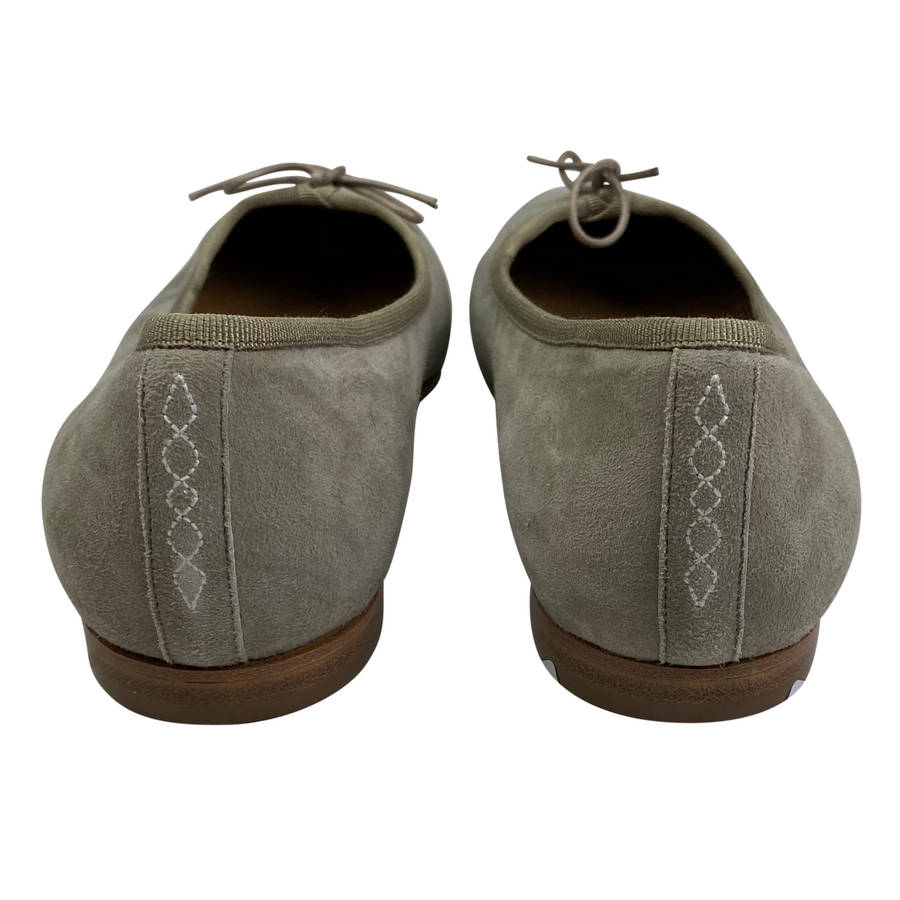 Back of Katharine Page Ballet Flats in Lustiano Grey.