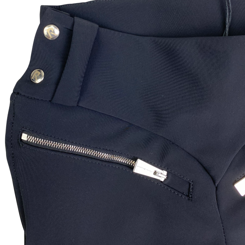 Close up of Reigns 'The Finja' Breeches in Black