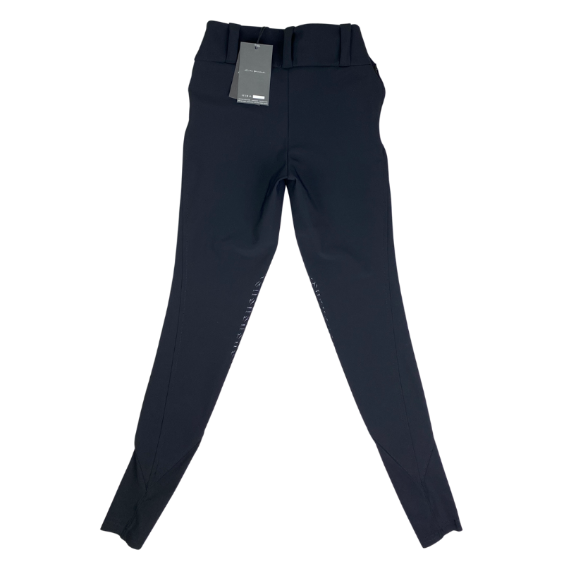 Back of Reigns 'The Finja' Breeches in Black
