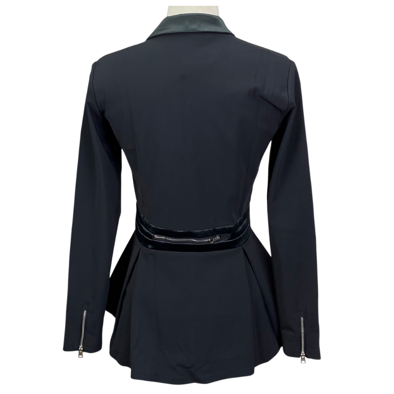 Reigns 'The Vani' Show Jacket in Black - Women's Bombshell (XL)