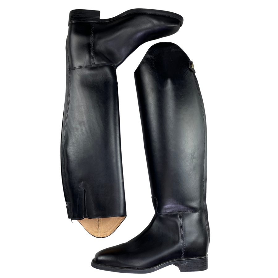 Side of Ariat Maestro Dressage Boots in Black