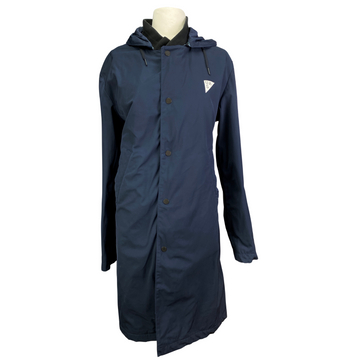 Under Armour Sportswear Parka in Navy - Women's Small