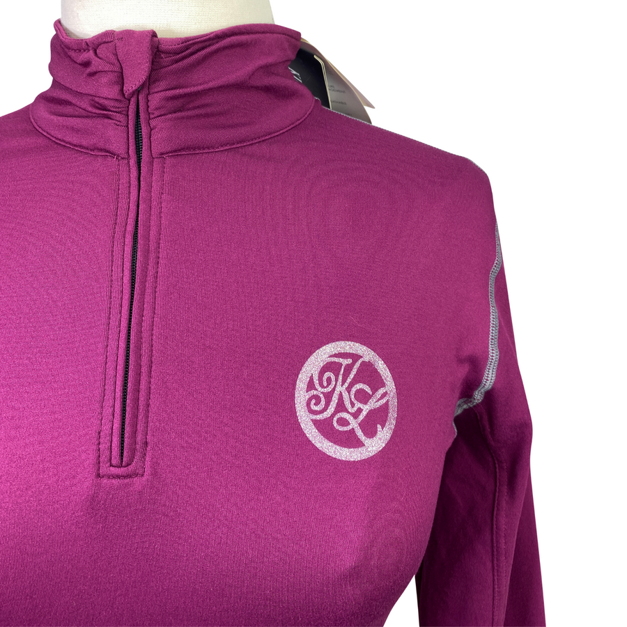 Detail of Kingsland Maximus Training Shirt in Purple Magenta