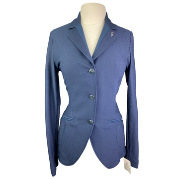 AA Platinum MotionLite Show Coat in Navy - Women's Large