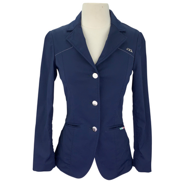 AA EasyCare Show Jacket in Navy