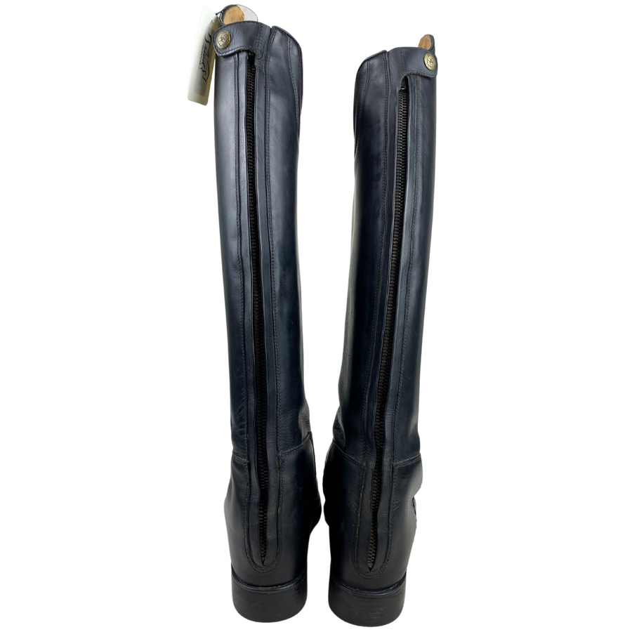 Back of Ariat Maestro Dressage Boots in Black