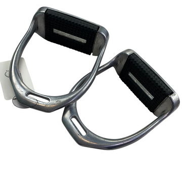 Inside view of Equi Wing Aluminum Stirrup Irons in Silver