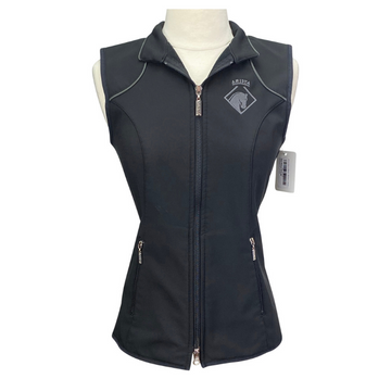 Arista Vest in Black
