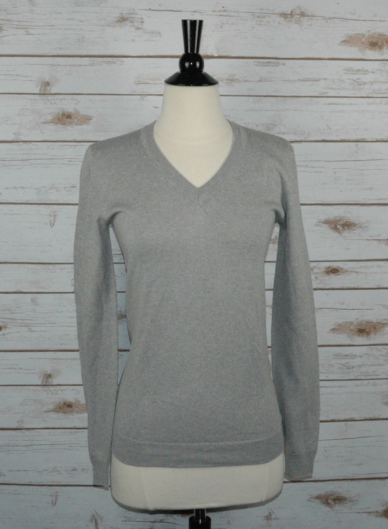 Callidae V-Neck Sweater in Aldgate - Women's Medium