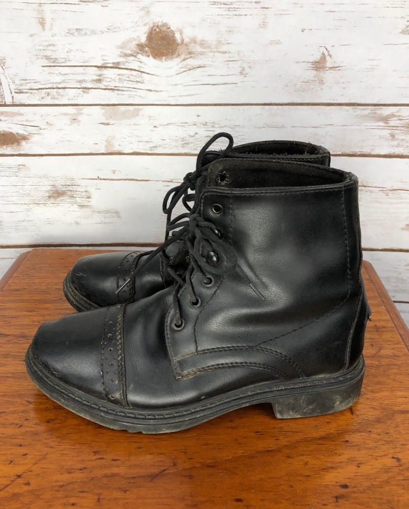 TuffRider Lace-Up Paddock Boots in Black - Children's 4