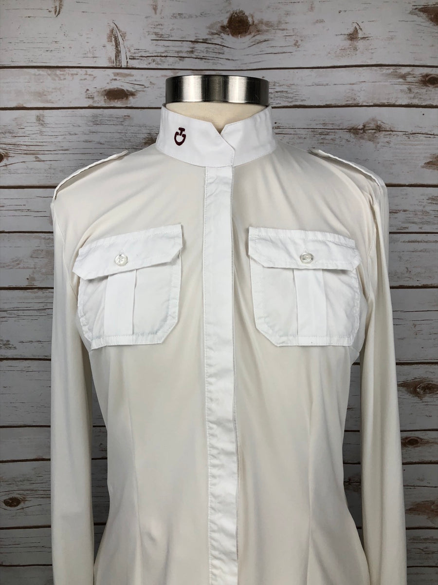 Cavalleria Toscana Pocket Show Shirt in White -  Front Close Up View