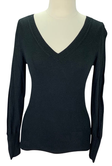 Mossimo V-Neck Sweater in Black - Women's Medium