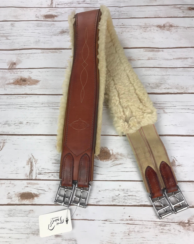 Edgewood Fancy Stitch Sheepskin Girth in Chestnut - 44""